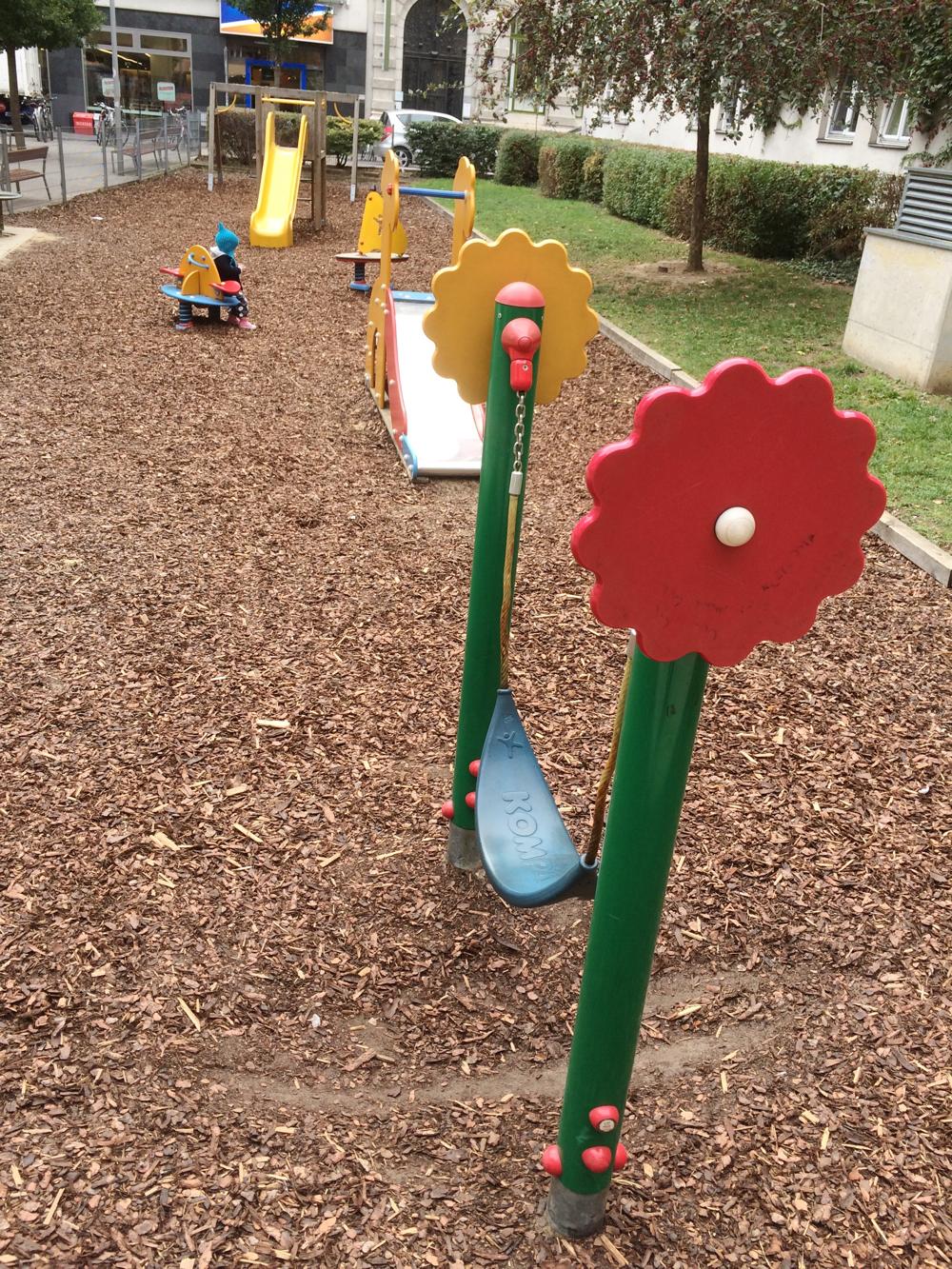 spielplatz-dorothea-neff-park-die kleine botin-1