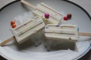 frozen-joghurt-popsicles-die kleine botin-1
