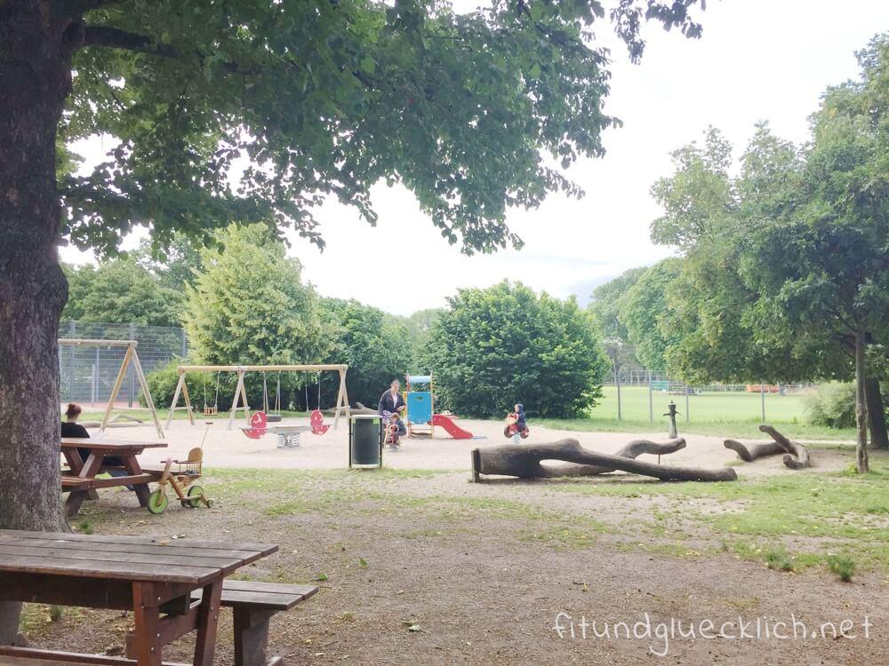 sommer-am-spielplatz-fitundgluecklich-die kleine botin-4