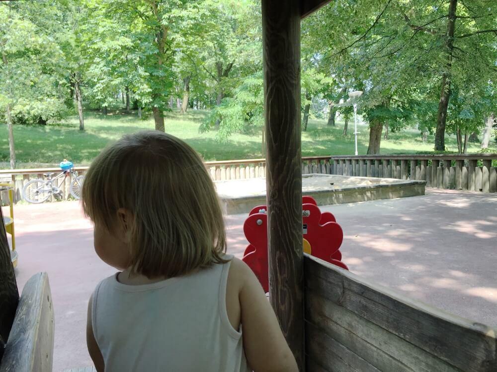 sommer-am-spielplatz-perchtoldsdorf-die kleine botin-3