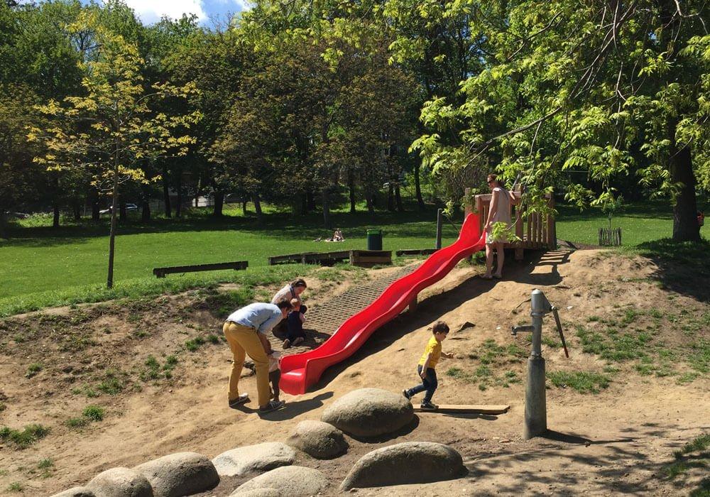04 poetzleinsdorfer park rutsche