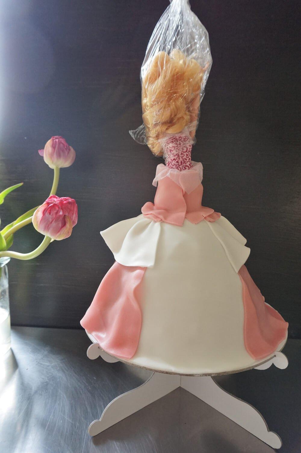 barbie torte die kleine botin 11