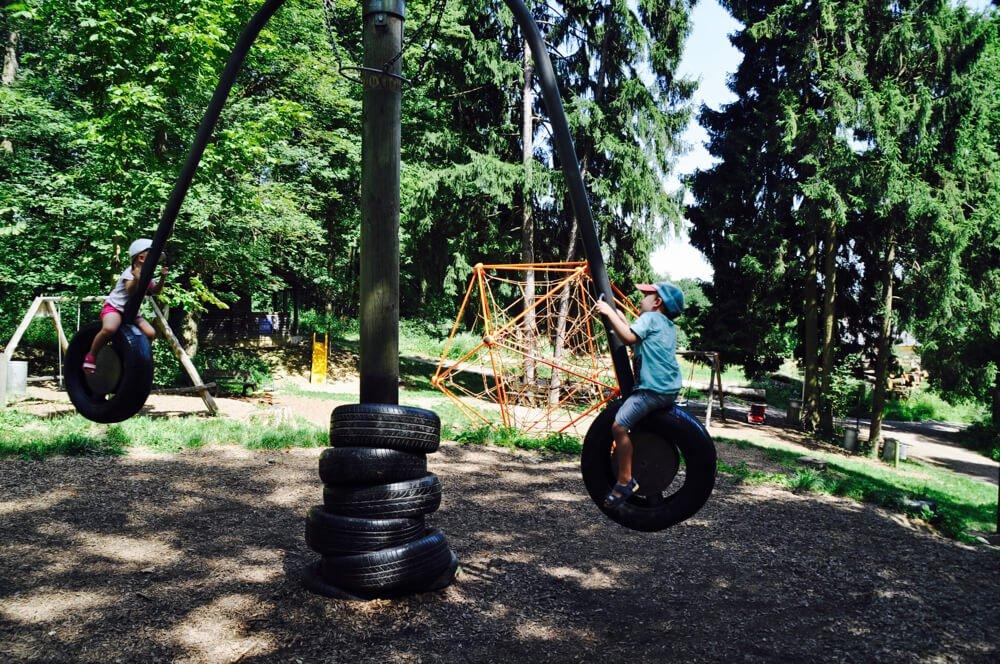 kuernbergerwald sommer am spielplatz 2