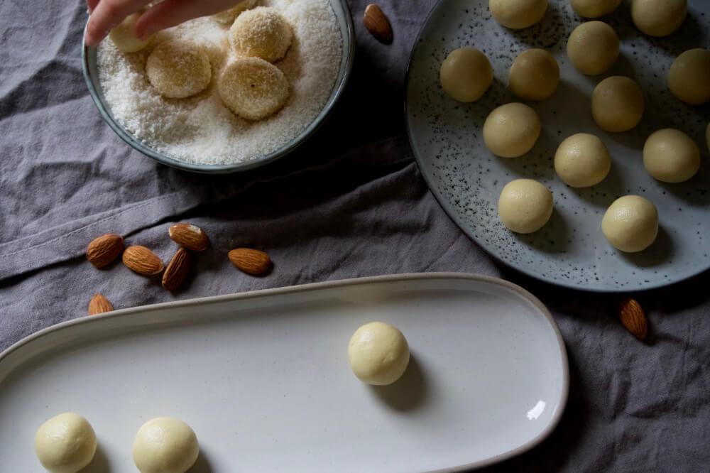 kokoskugeln die kleine botin 6