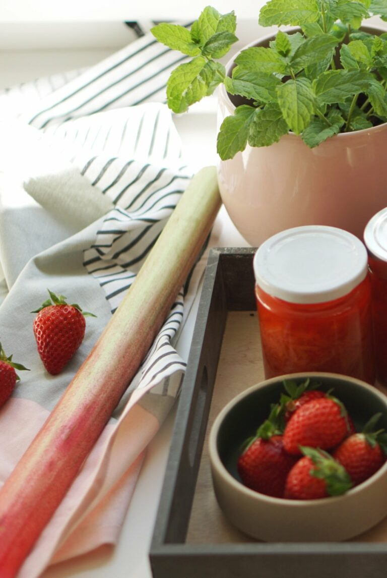 Rharbarber-Erdbeer-Sirup mit Ingwer