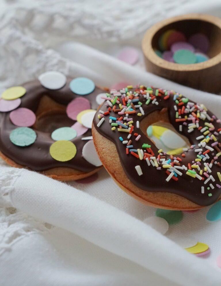 Vollkorn-Donuts | Rezept zum Backen mit Kindern