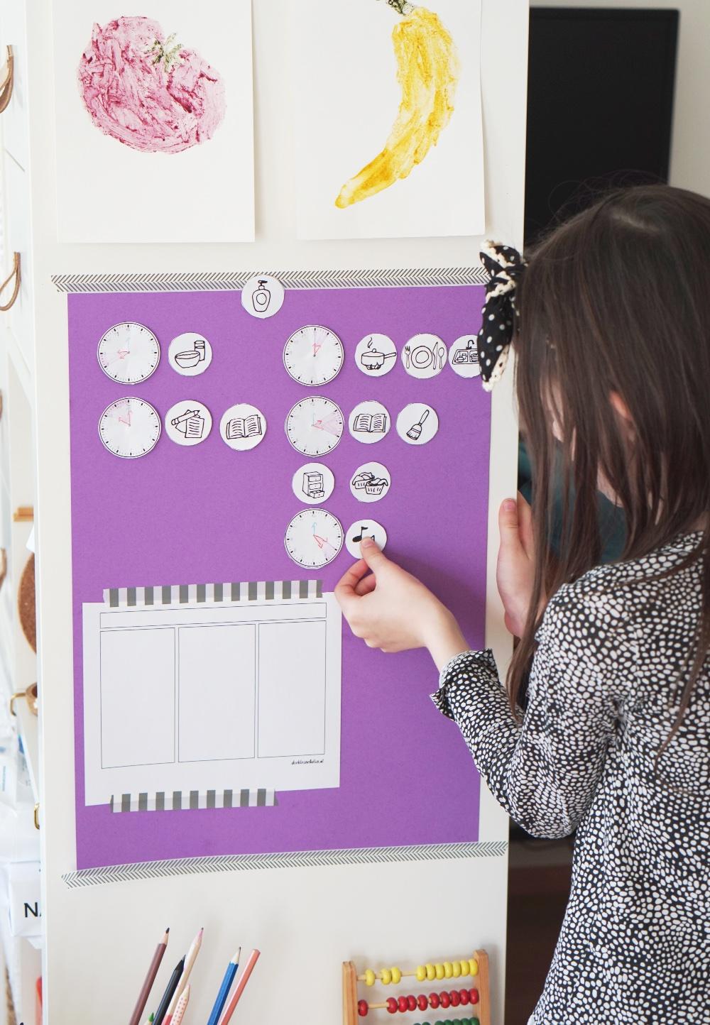 Hilfreicher Wochenplaner und Tagesplaner für Kinder